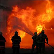 Κύπριοι δασοκομάντος βάζουν… φωτιές για να σβήσουν τις φλόγες!